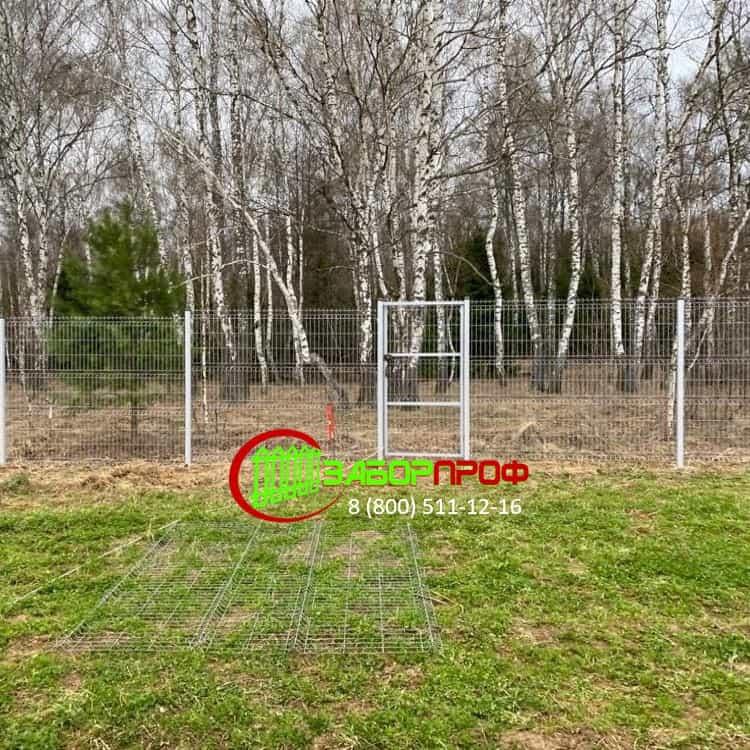Заказать оцинкованный 3Д забор от производителя в Москве